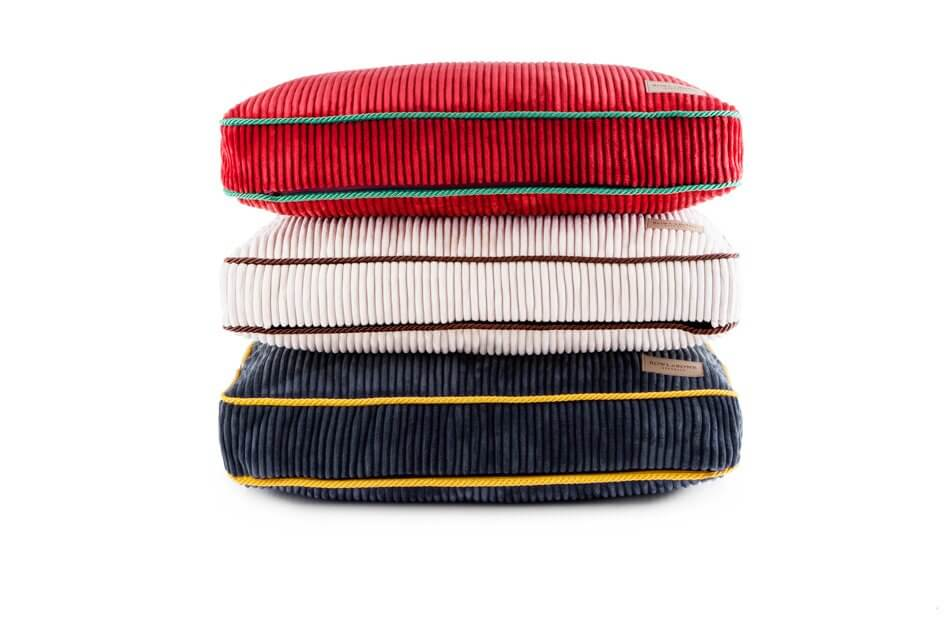 dog cushion bed deco ruby amber sapphire red white blue bowlandbonerepublic ps1sa